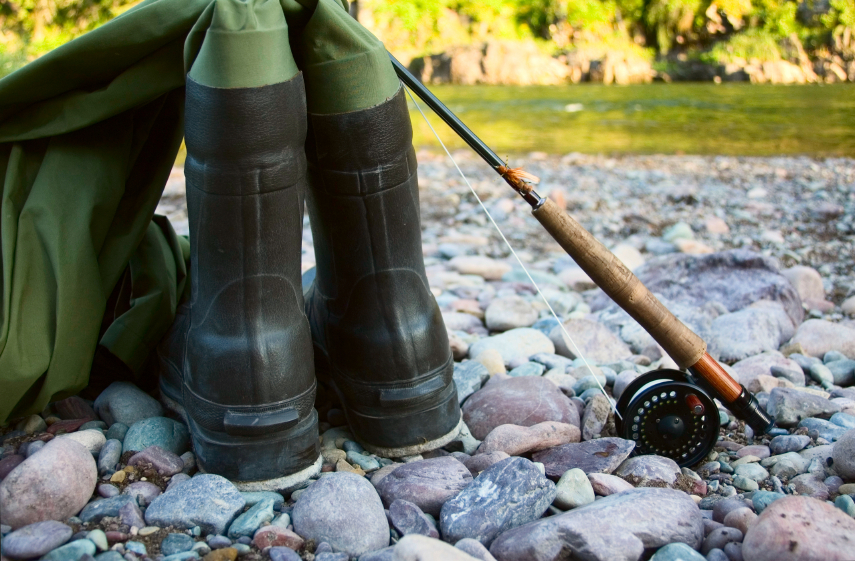 hip waders or chest waders