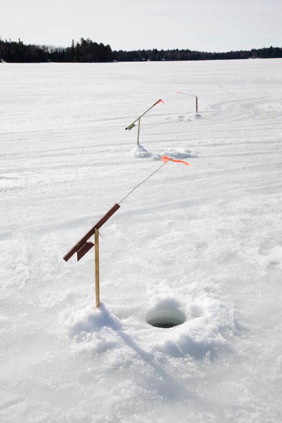 Tip ups buyer 39 s guide blain 39 s farm fleet blog for Ice fishing tips