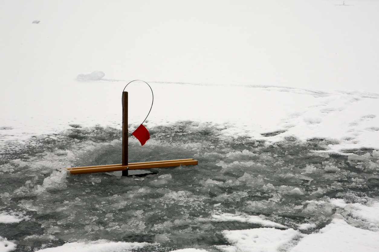 How to Set Up Ice Fishing Tip Ups