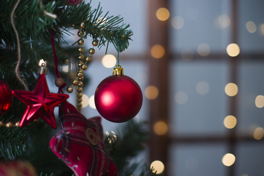 10 Smart Ways to Store Your Holiday Decorations